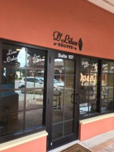dlites shoppe lakewood ranch dog friendly restaurants
